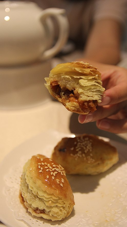 台北喆園 叉燒酥 桂丁雞